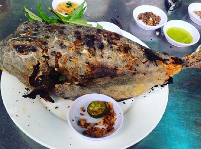 Cá bò hòm nướng muối ớt